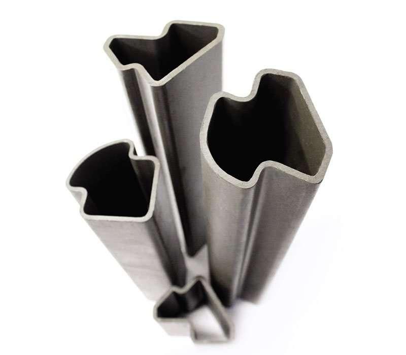 Tubos de aço em formatos especiais - Aplicação estrutura de cabines de equipamentos agrícolas